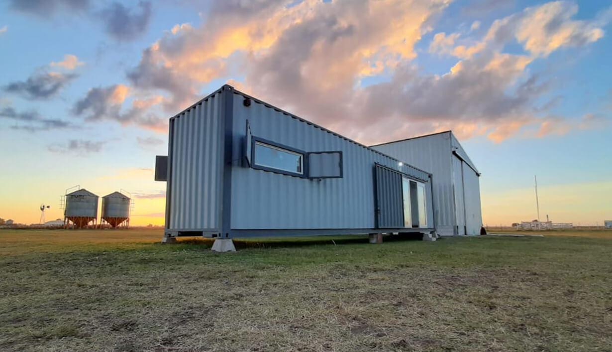 Módulo habitacional construido con container.